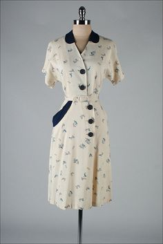 vintage 1940s dress . geometry print . linen by millstreetvintage, $145.00