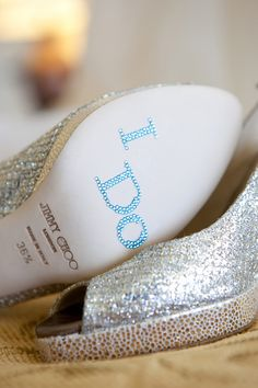 Bare Your Soles | Weddings Illustrated
