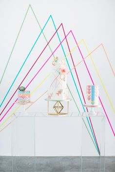 Geometric wedding cake trio by Olofson Design Photography: www.annelimarinovich.com