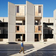 Visit Louis Kahn's concrete wonderland, California's Salk Institute