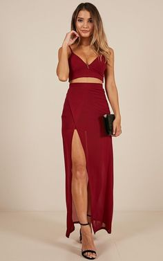 Two Piece Outfit Collection body language two piece set in wine Two Piece Outfit. Here is Two Piece Outfit Collection for you. Two Piece Outfit your side ivory two piece dress. Two Piece Outfit us 1801 49 s. 2 Piece Formal Dresses, Two Piece Dress, Two Piece Outfit, Cute Prom Dresses, Dance Dresses, Ball Dresses, Crop Top Elegante, Fashion Musthaves, Formal Looks