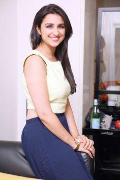 Parineeti Chopra lookes radiant