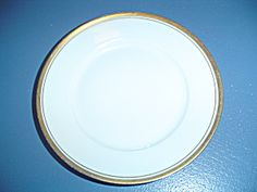 Hutschenreuther Hut149 Dinner Plates & Royal Doulton\u0027s \