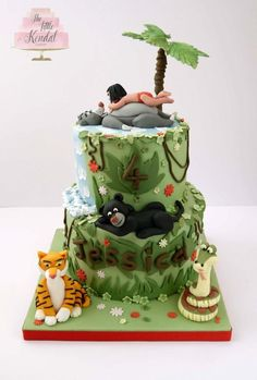 This cake was so much fun to make. The design elements such as the waterfall lettering were based on lots and lots of other jungle book cakes.