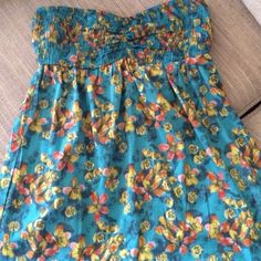 SALE $10O'Neil Strapless Sundress Flowery teal and yellow strapless spring dress. Great condition! Nice and light. O'Neill Dresses Strapless
