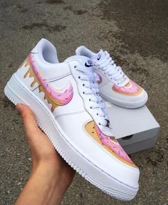 Find Your Perfect Pair Of Shoes – Some Advice For Your Next Purchase – Shoes Custom Painted Shoes, Custom Shoes, Custom Af1, Custom Sneakers, Jordan Shoes Girls, Girls Shoes, Shoes Women, Ladies Shoes, Hype Shoes