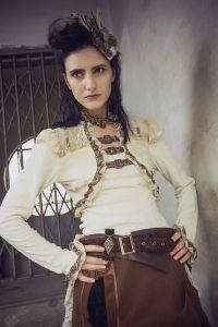 83577cfad20 Viktorianische Bluse im Bolero Rüschen Look - weiss Steampunk Kleidung  Frauen