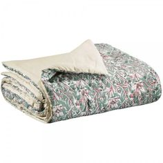 Buy the beautifully designed Blue Prarie Floral Cotton Bed Runner, by The French Bedroom Company. Cotton Bedding, Cotton Quilts, Luxury Bedspreads, Velvet Bedspread, Waffle Blanket, Faux Fur Blanket, Colourful Cushions, Bed Runner, Quilted Bedspreads