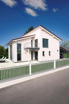 MODERNES KUNSTSTÜCK - frei geplantes Kundenhaus: moderne Häuser von FingerHaus GmbH