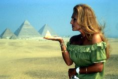 Egyptian Movies, Dalida, 4 Element, Famous Singers, Giza, Cairo, Audrey Hepburn, Movie Stars, Off Shoulder Blouse