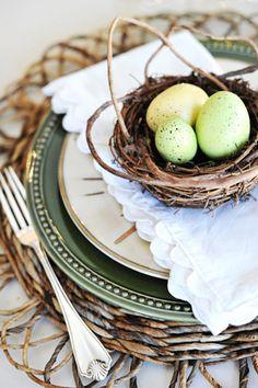 Bird's nest, hues of green