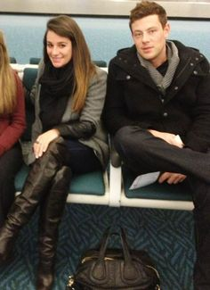 lea michele and cory monteith in the Vancouver airport