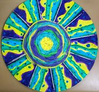 Weaving art projects: 4-5 grade. Cardboard circle can be painted if not filled with weaving.
