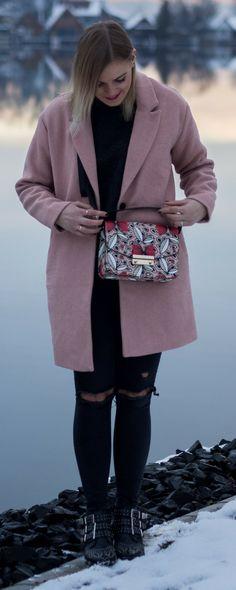 Street Style, Boots, Fashion, Fashionblogger, Rosa Mantel, Blogger, Wintermantel, Damen, Wolle,