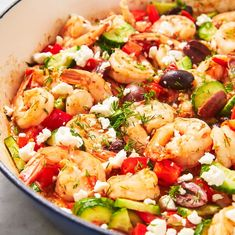A quick summer meal! This recipe for one-pot couscous with shrimp, zucchini and corn is fresh and flavourful with cherry tomatoes and fresh basil. Quick Summer Meals, Summer Recipes, Easy Meals, Healthy Dinners, Shrimp Couscous, Couscous Meals, Couscous Recipes, Couscous Salad, Greek Shrimp