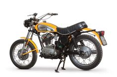 Wow check out this trendy scrambler motorcycle harley davidson - what an imaginative type Ducati Desmo, Ducati Motorcycles, Ducati Scrambler, Scrambler Motorcycle, Harley Davidson Motorcycles, Super 4, Cafe Racer Build, Street Tracker, Motor Car