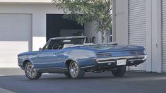 1967 Pontiac GTO Convertible HO, presented as lot at Anaheim, CA 2012 - Convertible, 1967 Gto, Barn House Plans, Pony Car, Pontiac Gto, Muscle Cars, Dream Cars, Classic Cars, Auction