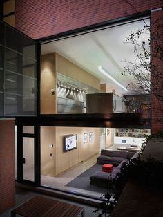 Claremont House | brininstool-lynch.com