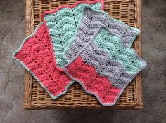 """I added """"The Crochet Caretaker: Ripple For Your D"""" to an #inlinkz linkup!http://thecrochetcaretaker.blogspot.com/2014/01/ripple-for-your-dishes.html"""