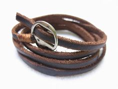 Retro leather wristband cuff bracelet Simple leather bracelet for men and women