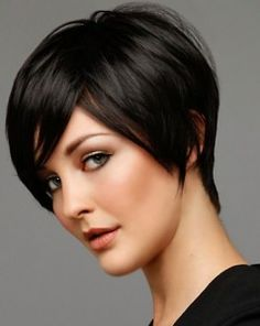 Totally Chic Short Bob Hairstyles For Girls. layered short bob hairstyles with bangs. short layered bob hairstyles for thick hair. short layered bob hairstyles for fine hair Best Short Haircuts, Popular Haircuts, Short Hairstyles For Women, Pixie Haircuts, Pixie Hairstyles, Office Hairstyles, Haircut Short, Formal Hairstyles, Fringe Hairstyles