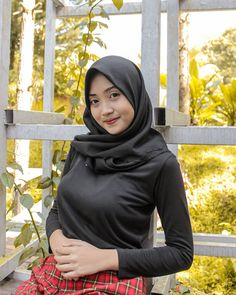 Indonesian Girls, Girl Hijab, Hijab Chic, Muslim Women, Fasion, Bikinis, Model, Beauty, Blog