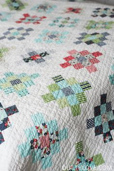 A granny square quilt has been on my wish list for some time now so when I snagged a jelly roll of Bonnie and Camille's Daysail fabric I knew it would make for a fun version. I opted for a scrappy version where multiple fabrics are used in each block. This block is pretty simple …