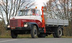 Vanaja 505 '67 - Hämeen helmi Heavy Equipment, Cars And Motorcycles, Finland, Helmet, Trucks, Retro, Vehicles, Truck, Hockey Helmet