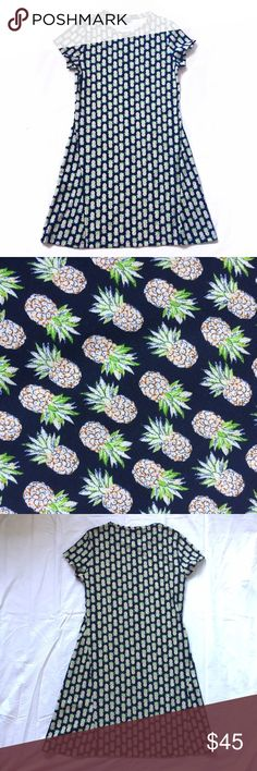 The Limited Pineapple Dress This dress is SO CUTE! Features an adorable Navy pineapple print fabric. Perfect for summer time! Excellent condition. Comment if you have any questions. The Limited Dresses Mini