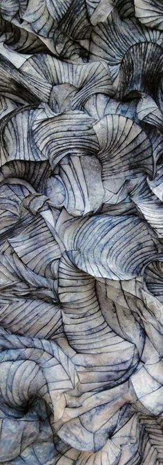 This image screams texture, and the paper that is here looks like a strewn collection of scallops or seashells or underwater rock formations. Paper sculpture by Peter Gentenaar (details)// Patterns In Nature, Textures Patterns, Arte Linear, Design Textile, Fabric Manipulation, The Magicians, Sculpture Art, Paper Sculptures, Paper Art