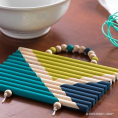 Add a trendy DIY trivet to your kitchen tools!