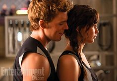 First Look at The Hunger Games - Catching Fire: Sam Claflin und Jennifer Lawrence