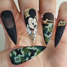 Beautiful hand painted camo Mickey Mouse nails by Ugly Duckling Family Member 😍 Ugly Duckling Nails is dedicated to keeping love, support, and positivity flowing in our industry ❤️ arcylic cute dark natural spring Disney Acrylic Nails, Summer Acrylic Nails, Best Acrylic Nails, Camouflage Nails, Camo Nails, Glitter Nails, Dope Nails, Swag Nails, Grunge Nails