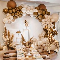 Deco Baby Shower, Shower Party, Baby Shower Parties, Baby Shower Themes, Baby Boy Shower, Baby Shower Balloons, Gold Baby Showers, Birthday Balloon Decorations, Birthday Party Themes