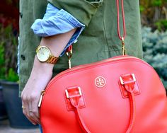 Red tory burch bag. in love.