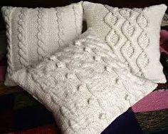 Resultado de imagen para cojines de lana a dos agujas