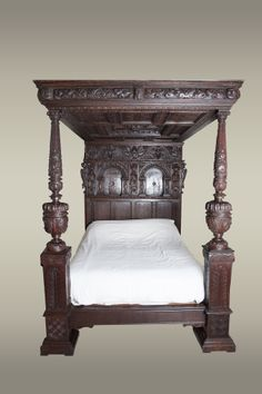 Elizabethan carved oak tester bed, circa 1580. Marhamchurch antiques