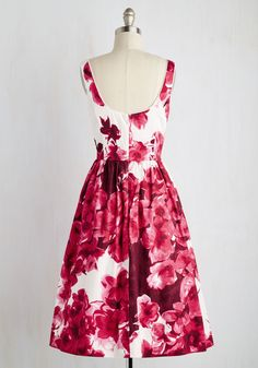 Wonder for the Record Books Dress in Magenta. Youve seen your fair share of vintage-inspired styles, but this white floral dress simply cant be beat! #white #modcloth