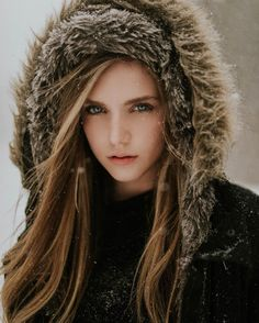 Beautiful Female Portraits by Luke Gottlieb #inspiration #photography