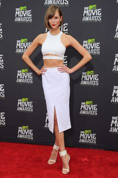 Karlie Kloss in Cushnie et Ochs at the 2013 MTV Movie Awards #Coveted #WhitePencilSkirt #KarlieKloss #CushnieetOchs #MTVMovieAwards