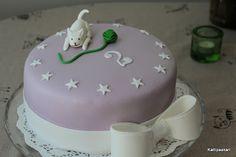 Kattipaakari: Tyttären 2-vuotissynttärikakku (maidoton) Creative Food, Baking, Desserts, Cakes, Gourmet, Tailgate Desserts, Deserts, Cake Makers, Bakken