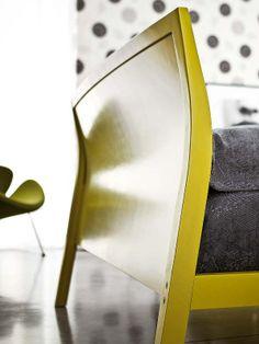 Colori e forme. Particolari della testier adel letto Wooden double by Novamobili  #yellow #bed #interior