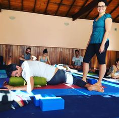 Minha apresentação da postura Deer. Momentos do nosso retiro/formação em Yin Yoga em Teresópolis  Cenas das práticas das aulas das meditações e dos amigos ૐ #Yoga ૐ #YinYoga ૐ #YogaTeacherTraining ૐ #YinYangVinyasa ૐ #LiaCaldasYoga ૐ