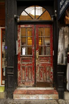 door - old, just like mum and i want for our store <3 - kelly   ..rh