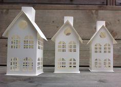 Papieren huisjes gemaakt met de silhouette cameo @silhouettepins