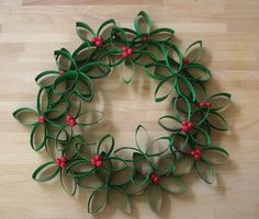 Looking for an easy and inexpensive craft idea for kids? You'll love this roundup of Christmas Toilet Paper Roll Crafts! Toilet Paper Roll Art, Rolled Paper Art, Toilet Paper Roll Crafts, Homemade Christmas Wreaths, Handmade Christmas, Xmas Wreaths, Christmas Projects, Holiday Crafts, Christmas Ideas