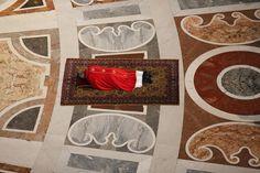 Vendredi Saint. Le Pape commémore la crucifixion du Christ, Rome.