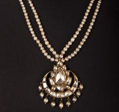 Kundan Meena Jadau beautiful Polki Diamond Pearl Flower Drop Pendant in Gold For Wedding / Engagement by TraditionalJewels on Etsy Enamel Jewelry, Pearl Jewelry, Antique Jewelry, Gold Jewelry, Vintage Jewelry, Jewelry Accessories, Jewelry Design, Glass Jewelry, Pendant Jewelry