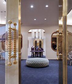 Octium Jewelry shop by Jaime Hayón - Dezeen #www.instorevoyage.com #in-store marketing #visual merchandising