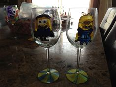 My kids painted Despicable Me wine glasses for their Aunt who loves the minions! Inexpensive fun craft on a rainy day! Minion Glasses, Cute Crafts, Painting For Kids, Aunt, Minions, Wine Glass, Craft Ideas, Tableware, Tips
